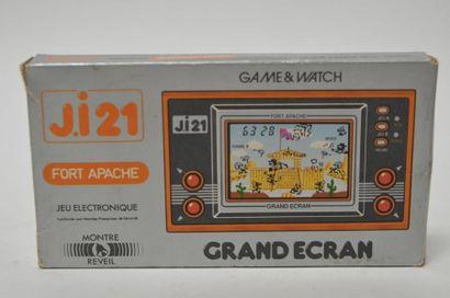Game Watch GRAND ECRAN J.i21 «Fort Apache»...