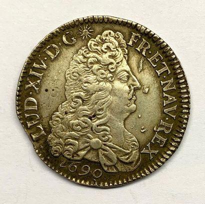 France – Louis XIIII  Un Écu aux 8 L 1690...