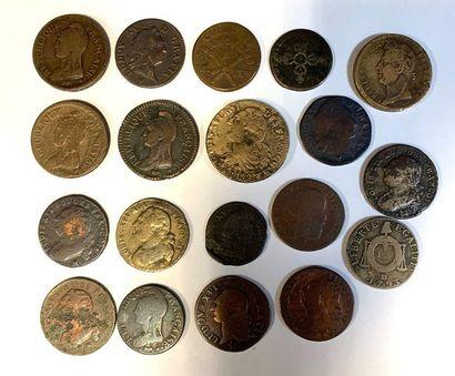 France –  Important let de dix-neuf monnaies...