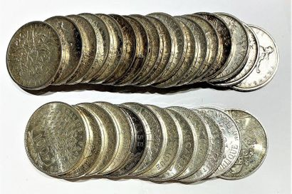 France  Lot de 29 monnaies comprenant 17...