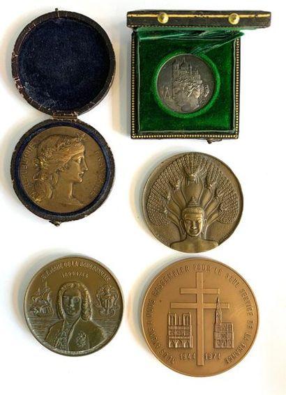 Médaille –  Lot de cinq médailles de table...