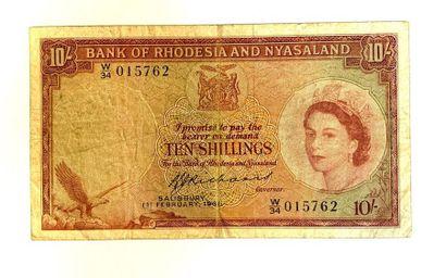 Rhodesia and Nyasaland  Un billet de 10 Shillings...