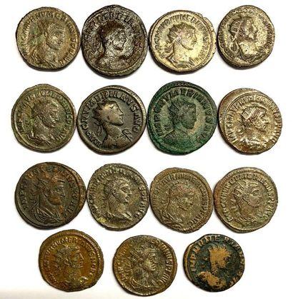 Rome – Empire  Numerianus  Lot de quinze monnaies en billon et bronze  Poids compris...