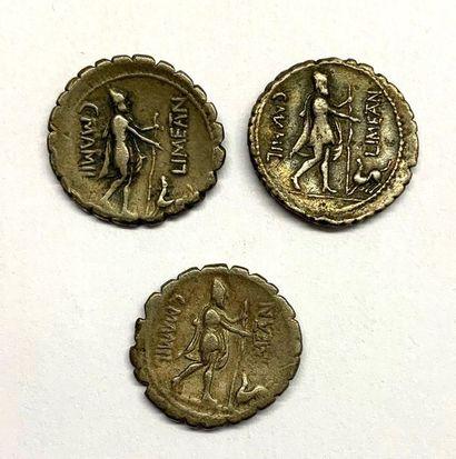 Rome – Mamilia  Lot de trois Deniers  A : Buste de Mercure coiffé à droite  R :...