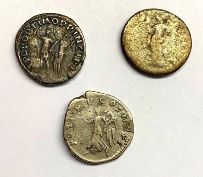 Rome – Trajan  Lot de trois deniers  Bel état  Poids compris entre 3,10 et 3,19...