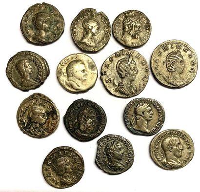 Rome – divers  Lot de treize deniers de l'empire...