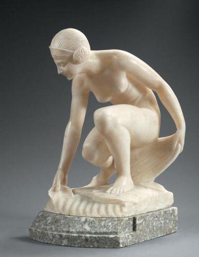 PUGI Nu féminin Sculpture de style Art Deco...