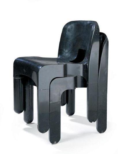 Joe COLOMBO Deux chaises modèle 4860 Datées...