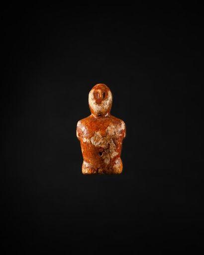 Figure humaine présentant un buste le torse...