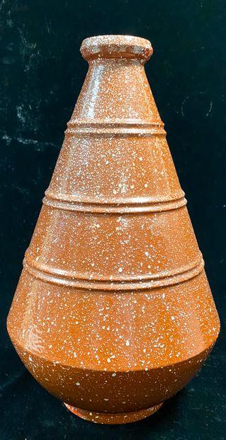 Marcel GUILLARD (1896-1932)  Vase porphyre...