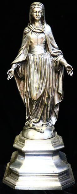 Triumphant Virgin  Statue in silver bronze,...