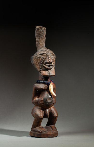 Statue fétiche de type « kalébwé », elle...