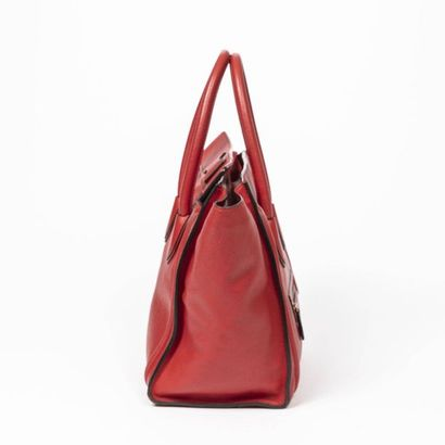 """CÉLINE Cabas """"Luggage"""" GM - """"Luggage"""" GM tote Red grained leather  Gold metal trim..."""