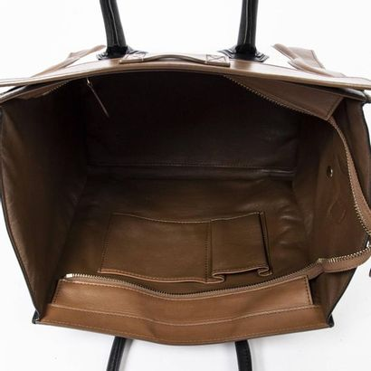 "CÉLINE Cabas ""Luggage"" GM - ""Luggage"" GM tote Smooth black, hazelnut and white leather..."