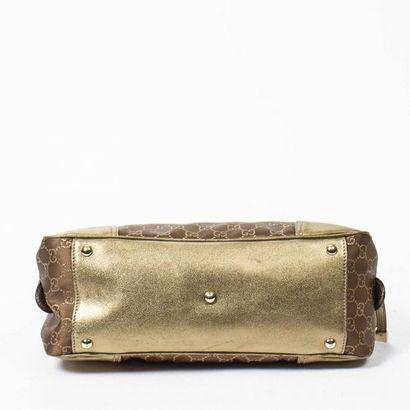 "GUCCI Sac ""Princy Boston"" - ""Princy Boston"" bag Chocolate and gold satin ""Guccissima""..."