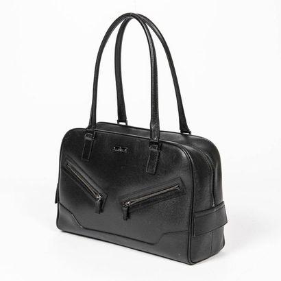 GUCCI Sac - Bag Black striped leather  Silver metal trim  30 x 20 x 10 cm  Very good...