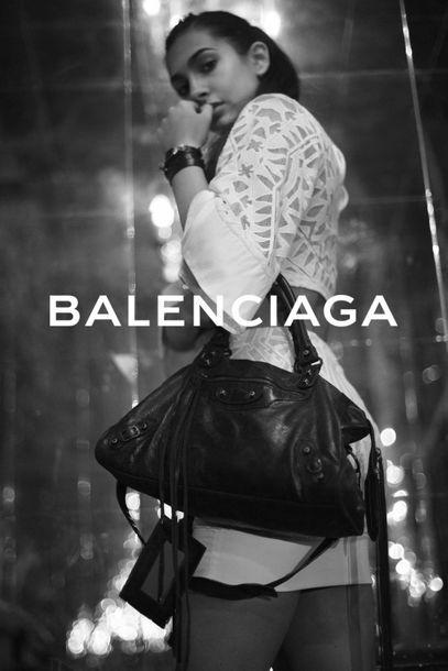 "BALENCIAGA Sac ""Arena First"" - ""Arena First"" bag Grey aged leather  Aged brass metal..."
