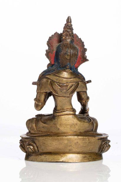 SINO-TIBET, XIXe siècle Statuette de divinité en bronze doré Représentant une tara...