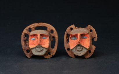Belle paire de tambas (ornements d'oreilles)...