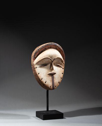 masque de danse utilisé au cours des cérémonies...