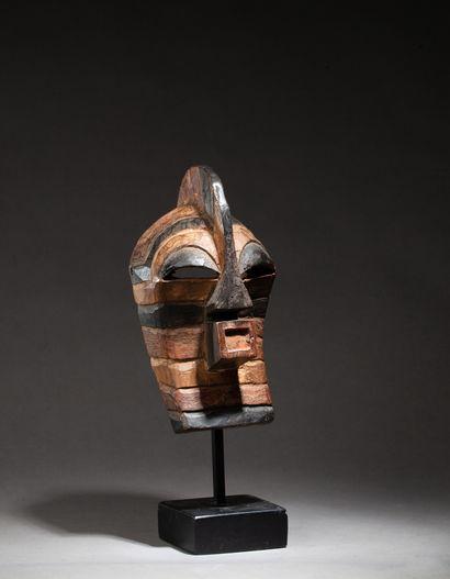 Masque de grade ou passeport Kifwébé de type...