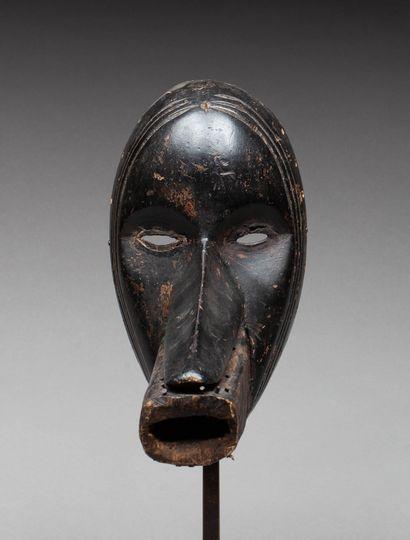 Masque de danse anthropozoomorphe « Cagon...