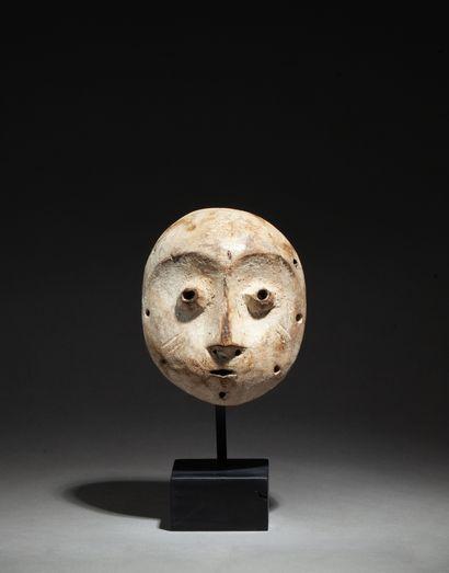 Masquette « lukwakongo » de grade sculpté...