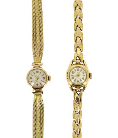 Deux montres bracelet de dame en or jaune...