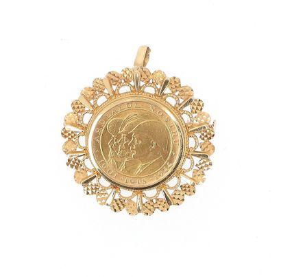 Pendant brooch in 18 K (750 °/°°°) yellow...