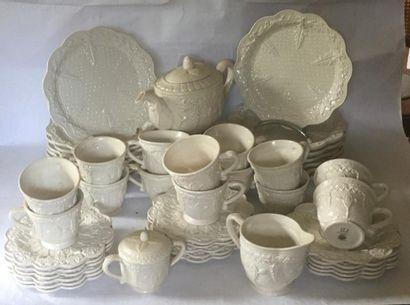 SERVICE en porcelaine portugais DECMA en...
