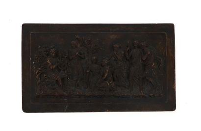 Plaque en porcelaine à patine médaille  Scène à l'antique  H 18,5 x L 32 cm