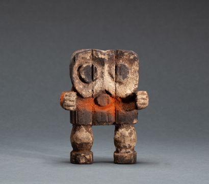 Statuette « Kiké »  présentant un personnage...