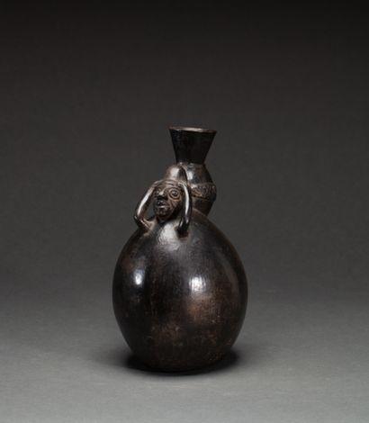 Vase  modelé d'un porteur de jarre  Terre...