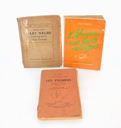 3 ouvrages:  L'ART NEGRE  L'AFRIQUE AUX TROIS...