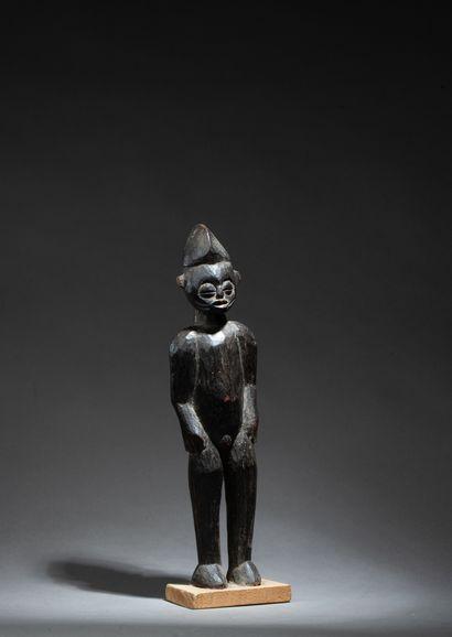 Statuette masculine debout  Bois, ancienne...