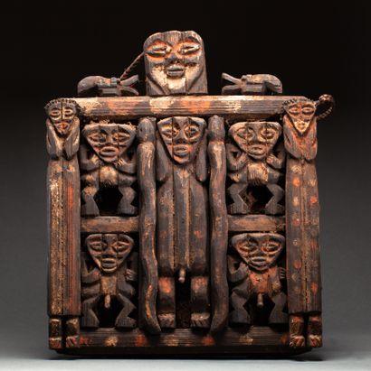 Panneau « Kiké »  cultuel et ornemental présentant...