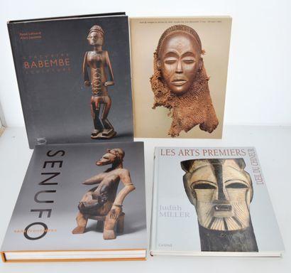 4 ouvrages:  STATUAIRE BABEMBE  SENUFO SANS FRONTIERES  LES ARTS PREMIERS