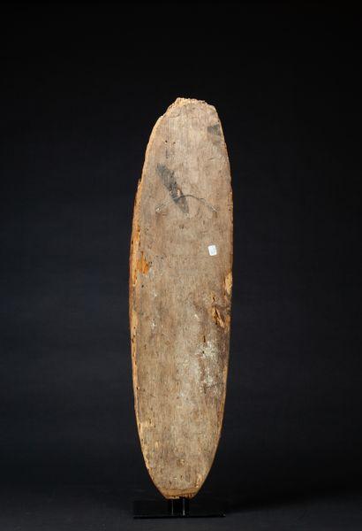 Planche votive Gopé  sculptée en relief d'un esprit ancestral aux belles formes...
