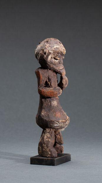 Statuette masculine « Kiké »  au ventre démesuré...