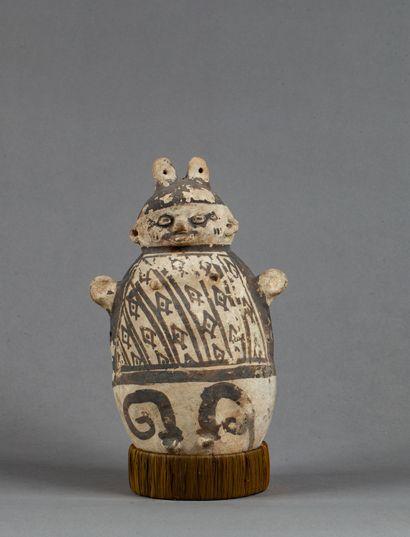 Vase anthropomorphe  Terre cuite beige et...