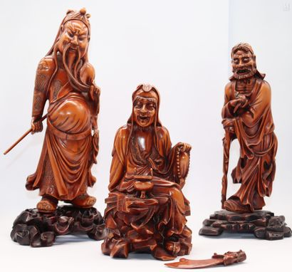 CHINE XX ème  Trois sages en bois sculpté...