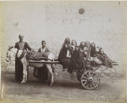 PHOTOGRAPHIE. Jean Pascal Sebah (1872-1947) - Charrette arabe.