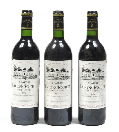 8 bouteilles BORDEAUX