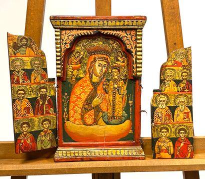 Diptyque figurant au centre la Mère de Dieu...