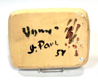 Sylvain VIGNY (1903-1970)  Nus allongés  Plateau en terre cuite émaillée  Signé,...
