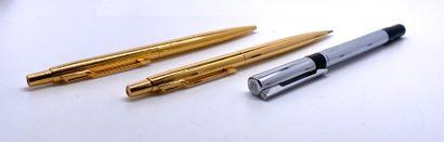 PARKER et WATERMANN  Un stylo bille et un...