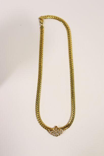 Collier ras de cou en or jaune 18k (750 millièmes),...