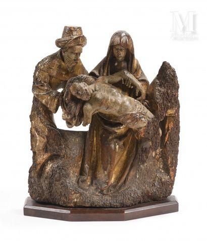 Pietà  Haut-relief en chêne sculpté, doré...