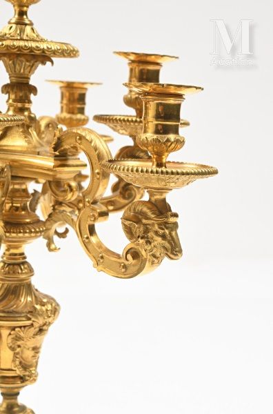 Paire de candélabres aux sphinges , d'après un modèle de André-Charles BOULLE en...