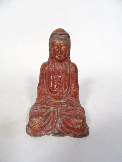CHINE, Dynastie Ming Divinité en bronze laqué rouge et or  H : 18 cm